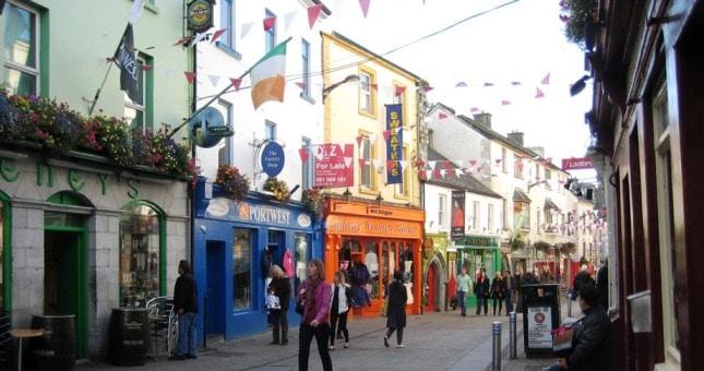 Centre-ville-de-Galway, ville du musée de la bague de Claddagh