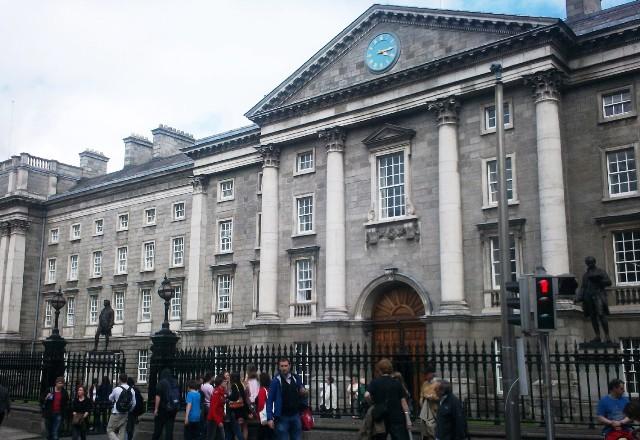 Trinity College, Dublin, Irlande © Escapades Celtiques