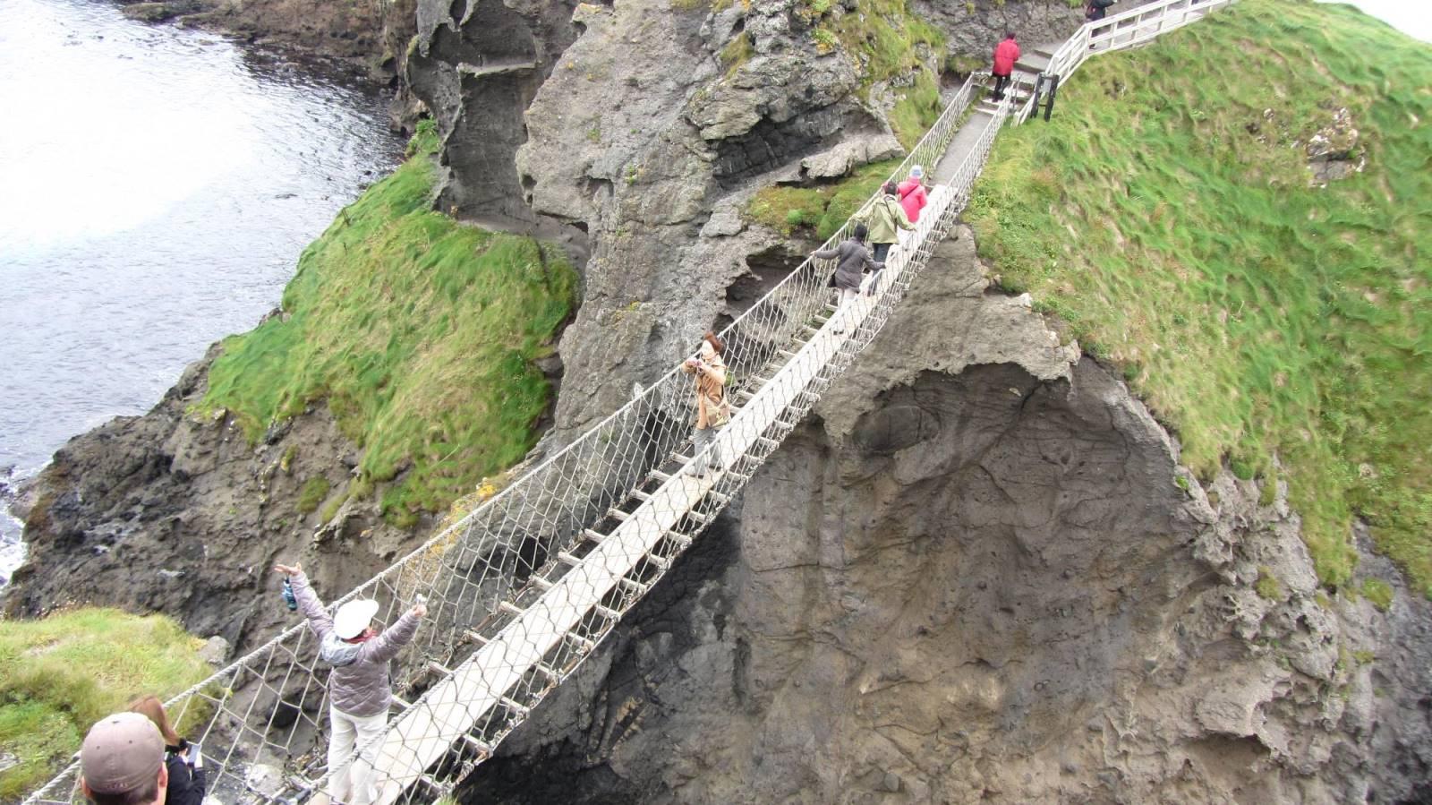 Carrick-a-Rede Rope Bridge, Antrim, Le tourisme en Irlande : quelques statistiques