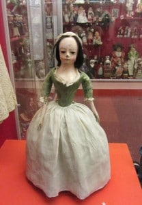 'Queen Anne' doll