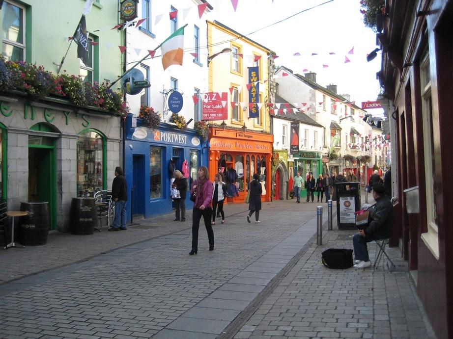 Centre-ville de Galway, ville du musée de la bague de Claddagh, Irlande